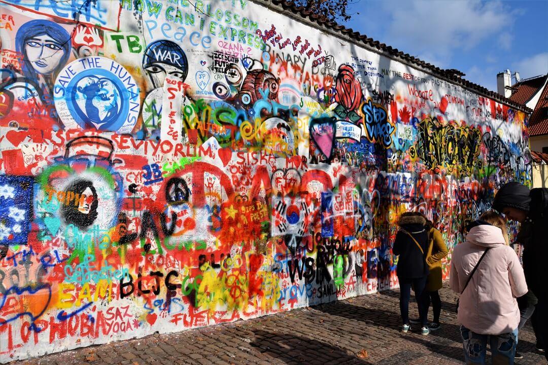 Prag_Prague_travel_reise_sightseeing_john_lennon_wall_wand