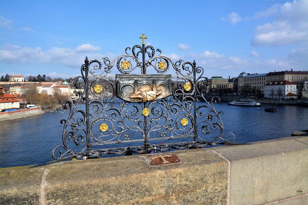 Prag_Prague_travel_reise_sightseeing_karlsbrücke_charles_bridge (6)