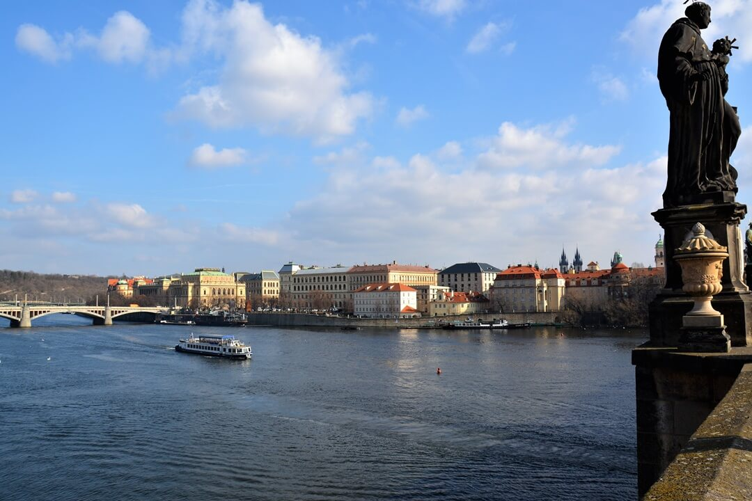 Prag_Prague_travel_reise_sightseeing_karlsbrücke_charles_bridge (4)