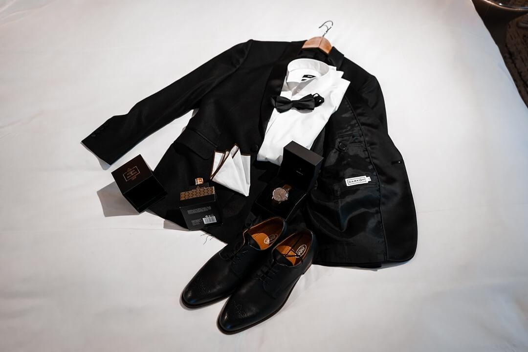 Herren Smoking in schwarz für besondere Abende wie z.B. Silvester