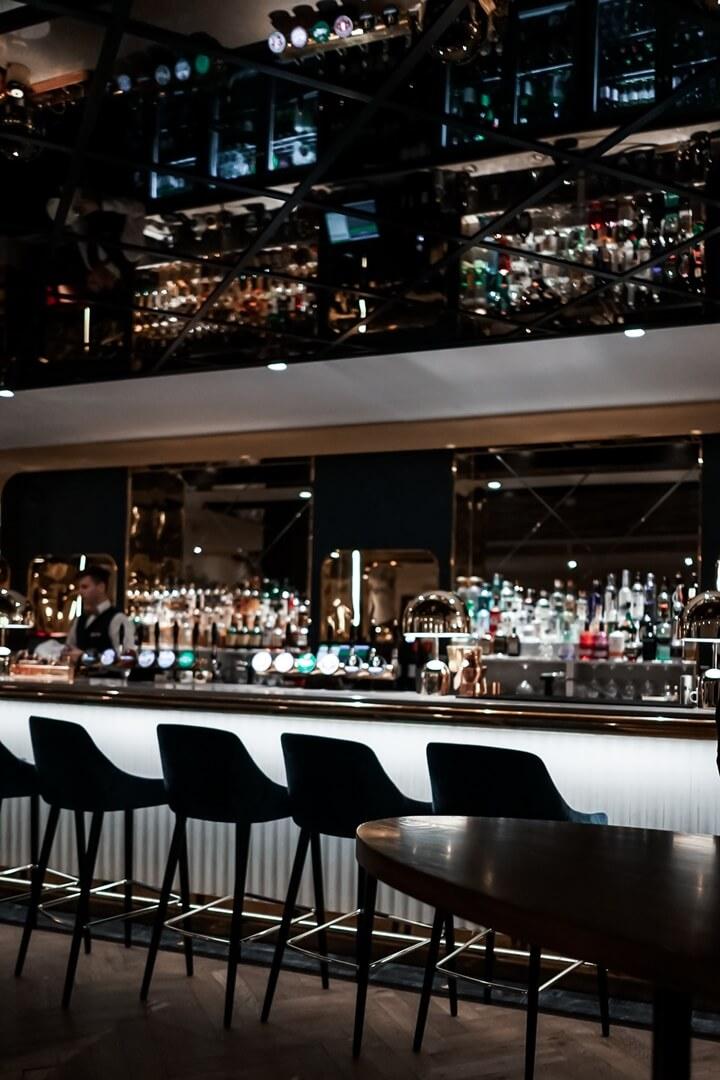 10 Fleet Street Restaurant Bar Spiegel