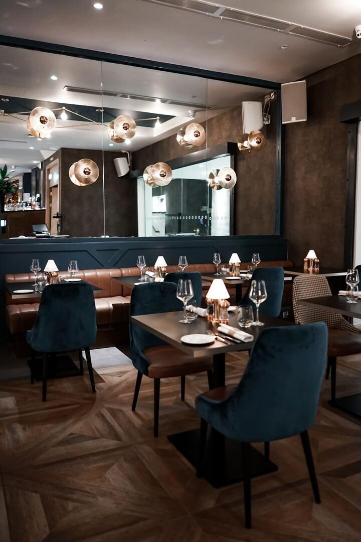 10 Fleet Street Restaurant
