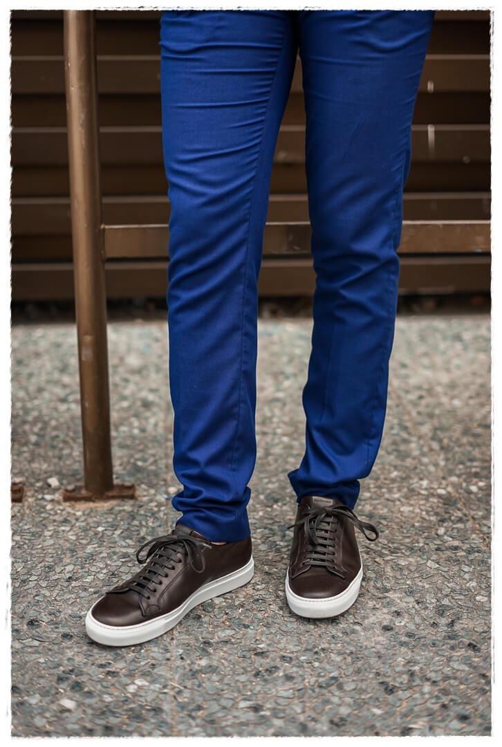 dunkelbrauen Scarosso Sneaker