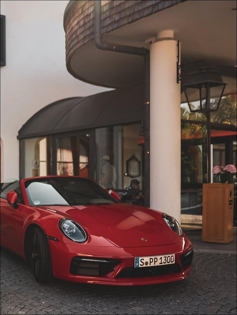 Porsche 911 zu mieten am Bachmair Weissach Hotel Tegernsee