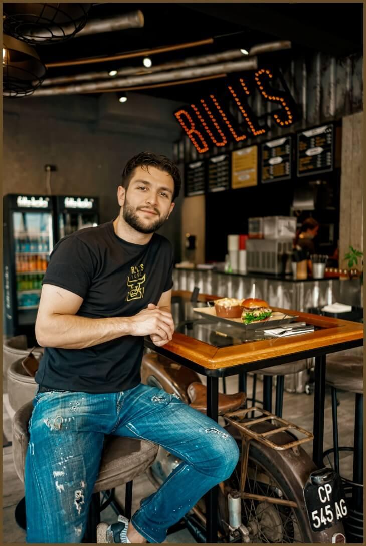 Alptekin Mermertas - Geschäftsführer von Bull's Kitchen