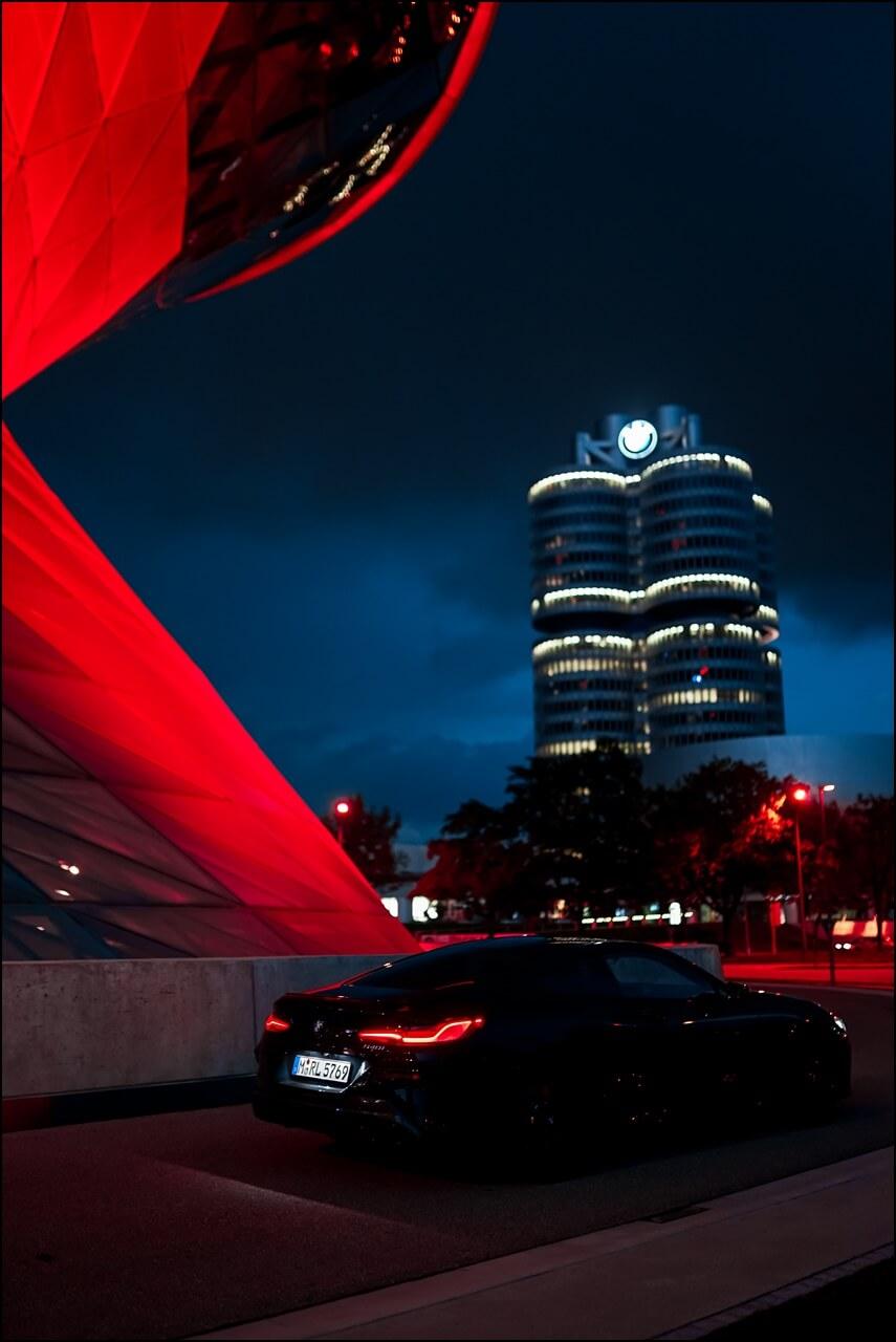 BMW Welt & Vierzylinder mit dem 840i
