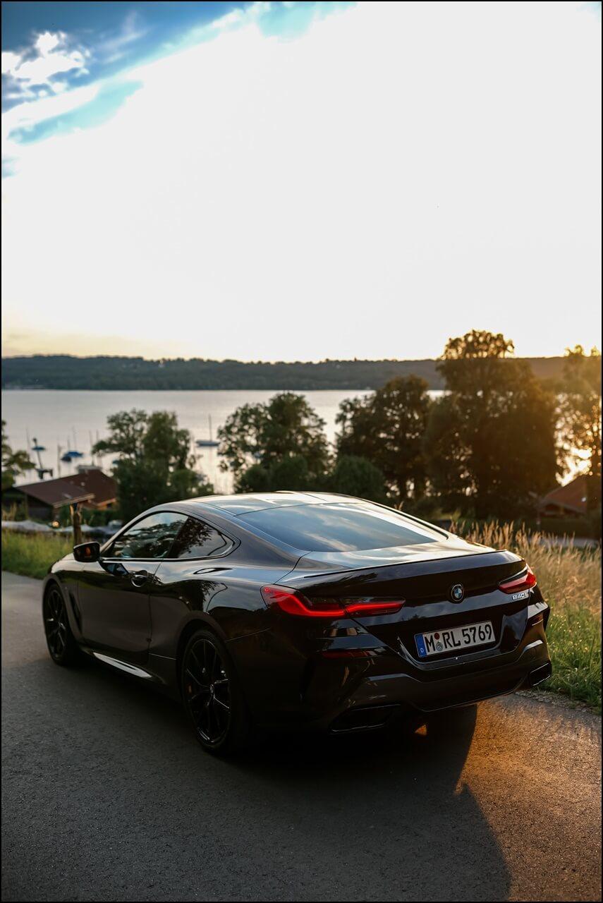 Sonnenuntergang mit dem BMW 840i Coupé am Starnberger See