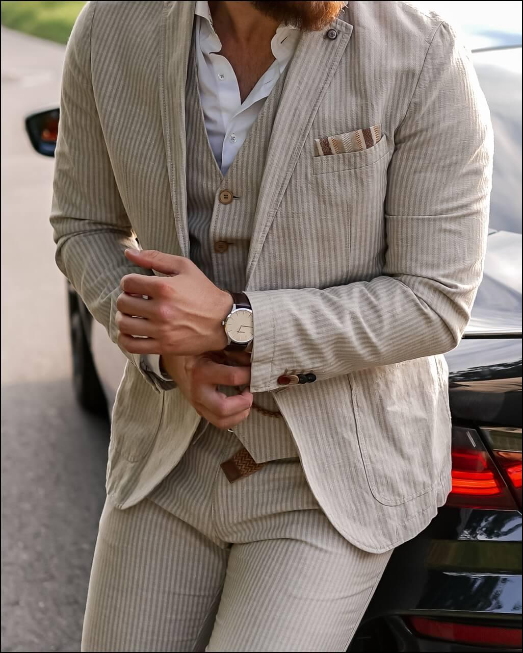 Outfit Details - gestreifter Leinenanzug von Club of Gents