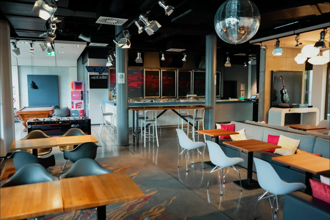 W XYZ Bar & Lounge im Aloft München